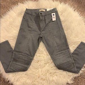 Gap True Skinny Sculpt jeans 28R